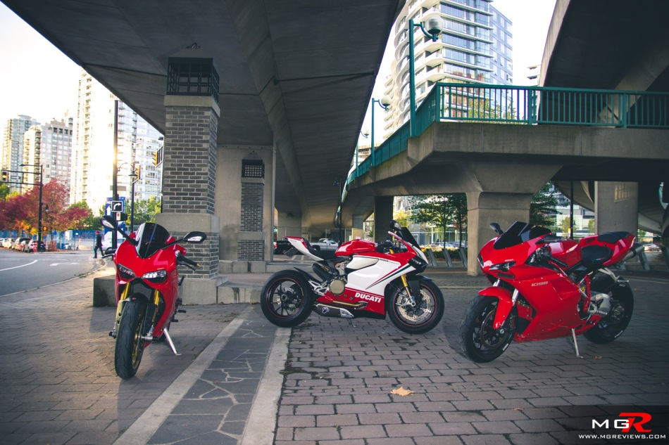 girls-x-ducatis-1