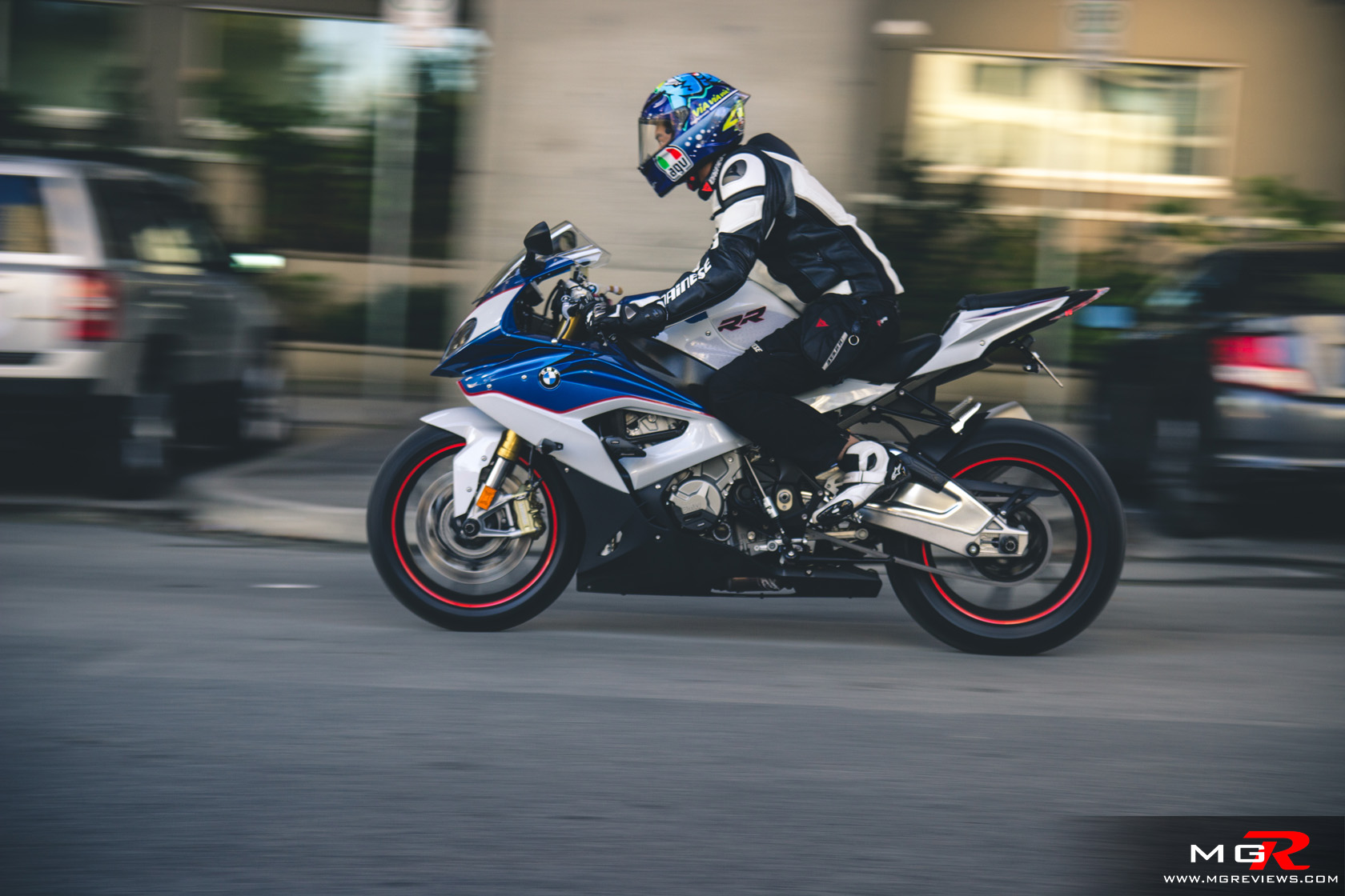 Review: 2016 BMW S1000RR – M.G.Reviews