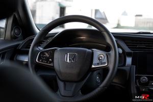 2017-honda-civic-hatchback-13