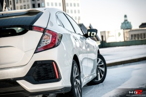 2017-honda-civic-hatchback-7
