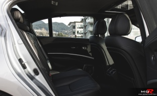 2018 Acura RLX Hybrid-10