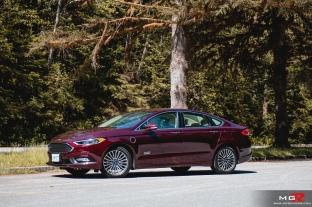 2018 Ford Fusion Energi-18