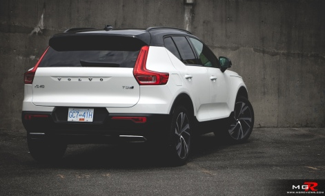 2019 Volvo XC40 R-Design Full-15