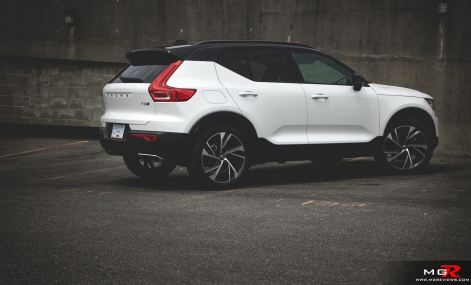2019 Volvo XC40 R-Design Full-19