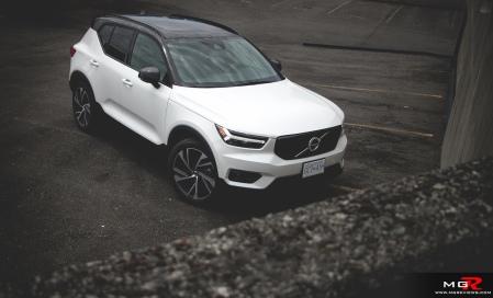 2019 Volvo XC40 R-Design Full-21