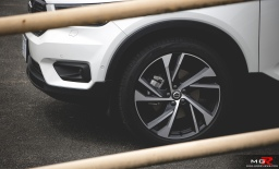 2019 Volvo XC40 R-Design Full-5