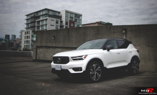 2019 Volvo XC40 R-Design Full-6