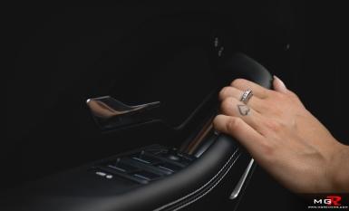 2018 Jaguar E-Pace R-Dynamic P300-9
