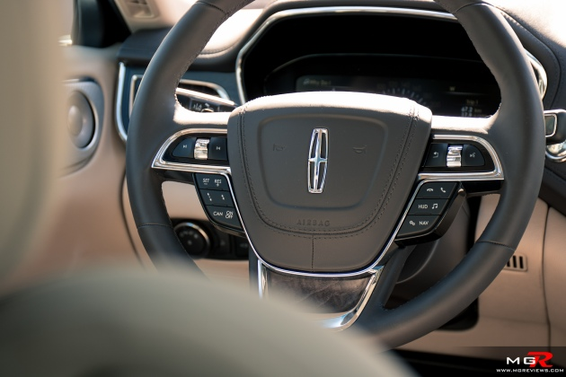 2018 Lincoln Continental-10
