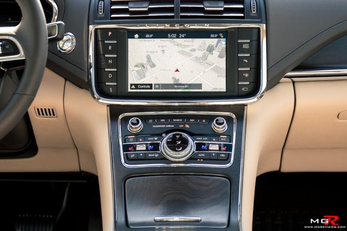 2018 Lincoln Continental-11