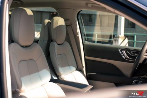 2018 Lincoln Continental-15