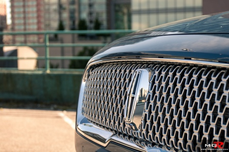2018 Lincoln Continental-25