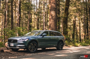 2018 Volvo V90 CC Cross Country-3