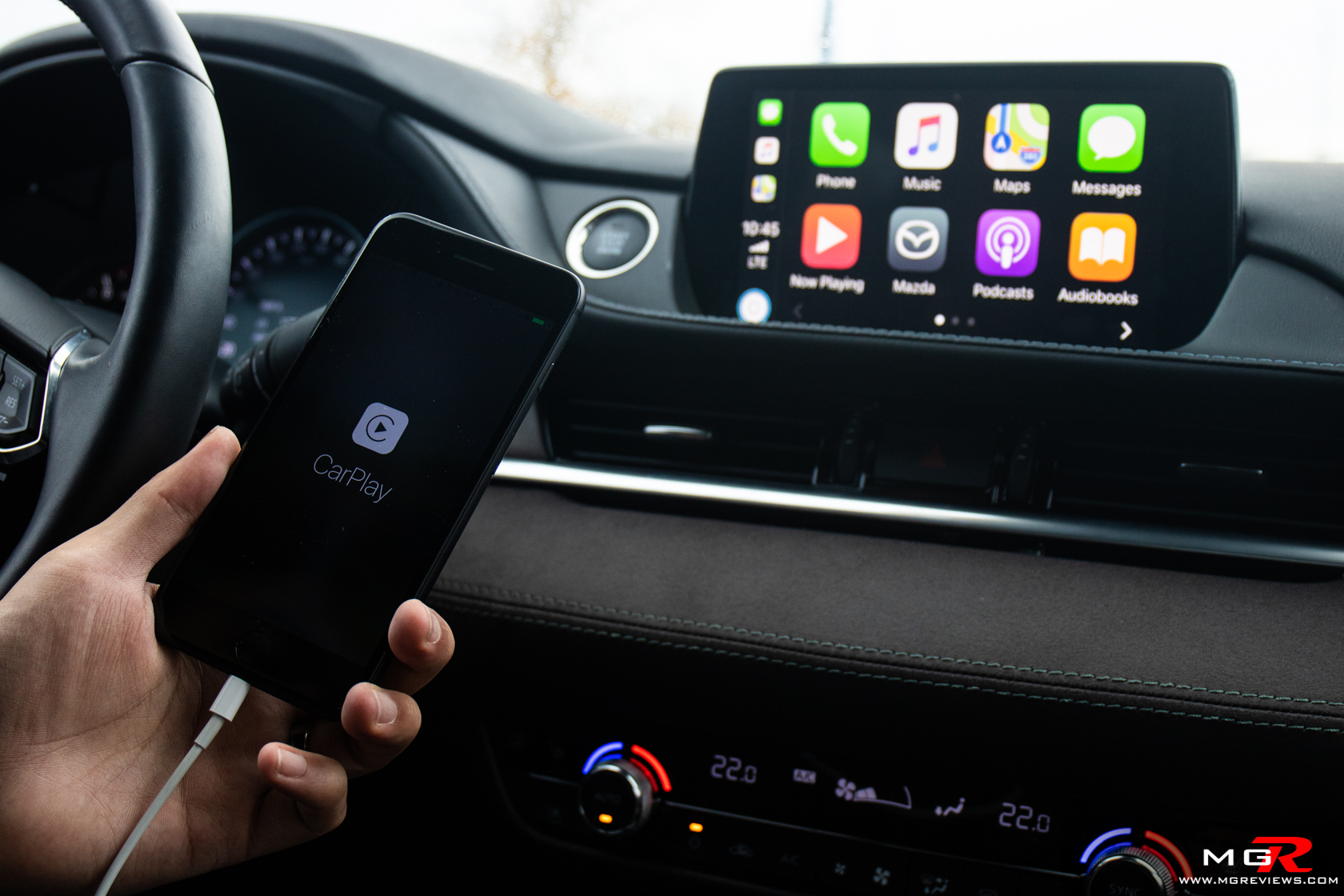 Review: Apple CarPlay and Android Auto – M G Reviews