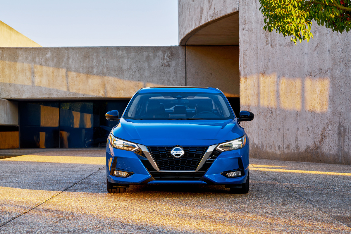 News: 2020 Nissan Sentra Grows In Size - M.G.Reviews