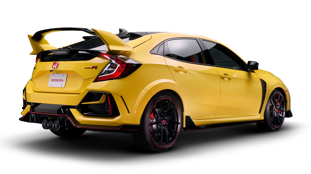 news 2021 honda civic typer goes rrated  mgreviews